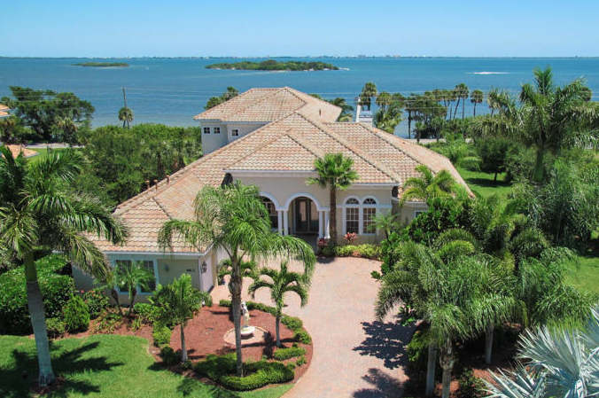 Merritt Island Luxury Home on Honeymoon Hill