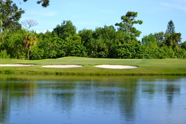 The 11th hole at Baytree National Golf Links in Suntree, FL