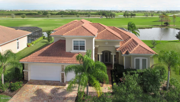A Fairway Lakes home bordering the first hole at Duran Golf course