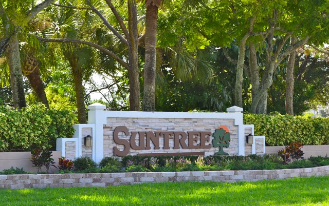Entrance to Suntree, FL